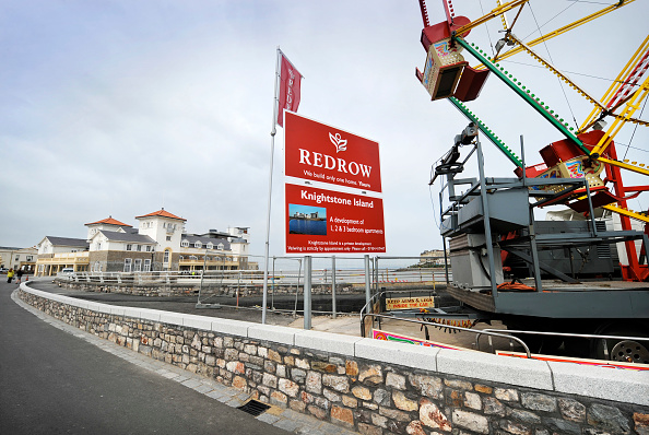 Water's Edge「General view of the development at Knightstone Island in Weston-Super-Mare UK」:写真・画像(19)[壁紙.com]