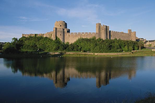 Castle「Pembroke Castle」:写真・画像(12)[壁紙.com]