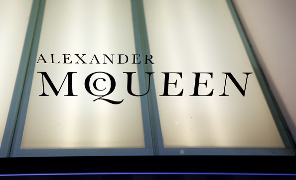 Flagship Store「Alexander McQueen London Flagship Store After The Designer Is Found Dead」:写真・画像(19)[壁紙.com]