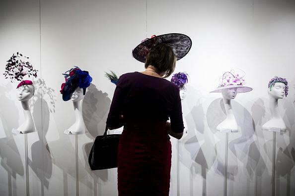 "Tristan Fewings「""World Garden"" Hat Exhibition - Opening Party」:写真・画像(2)[壁紙.com]"