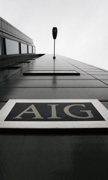 AIG「Workers Arrive At The Offices Of Troubled Insurance Company AIG」:写真・画像(9)[壁紙.com]
