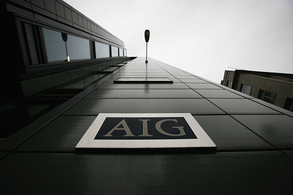 AIG「Workers Arrive At The Offices Of Troubled Insurance Company AIG」:写真・画像(2)[壁紙.com]