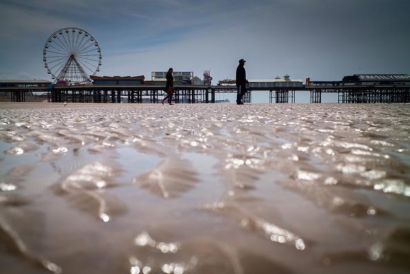Risk「Beaches Across The Country Are Facing Quality Failures」:写真・画像(2)[壁紙.com]