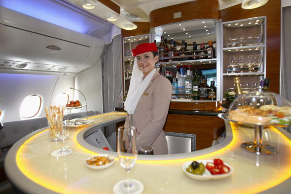 Passenger「Emirates Takes Delivery Of A380 Airbus」:写真・画像(12)[壁紙.com]