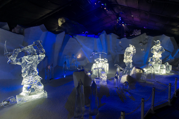 Ice Sculpture「The Magical Ice Kingdom At Hyde Park Winter Wonderland 2015」:写真・画像(10)[壁紙.com]