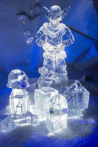 Ice Sculpture「The Magical Ice Kingdom At Hyde Park Winter Wonderland 2015」:写真・画像(0)[壁紙.com]