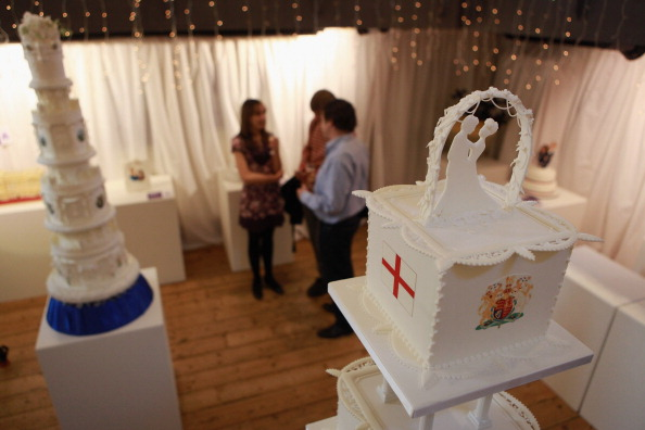 Cake「Edible Exhibition Of Cakes From Previous Royal Weddings」:写真・画像(18)[壁紙.com]