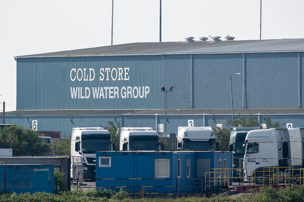Outdoors「Cold Storage Facility In Cardiff Used As Temporary Morgue Amid Coronavirus Outbreak」:写真・画像(5)[壁紙.com]