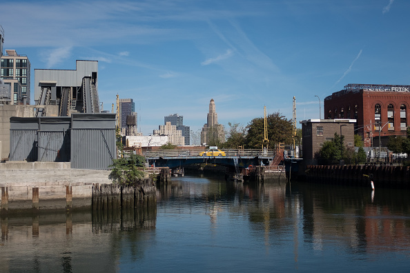 Brooklyn - New York「Gowanus Canal」:写真・画像(7)[壁紙.com]