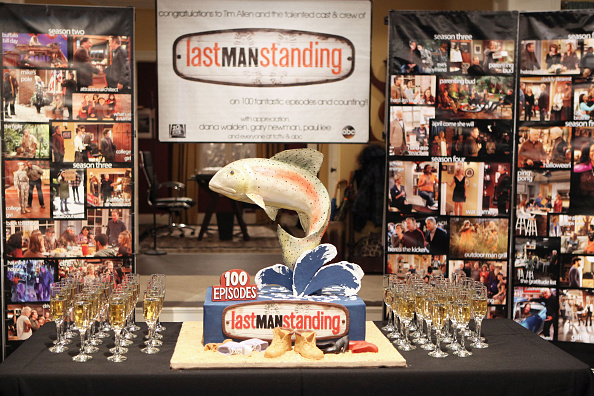 "General View「100th Episode Celebration Of ABC's ""Last Man Standing""」:写真・画像(10)[壁紙.com]"