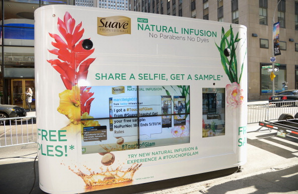 Suave「Suave Professionals Natural Infusion Launch With Maria Menounos」:写真・画像(8)[壁紙.com]