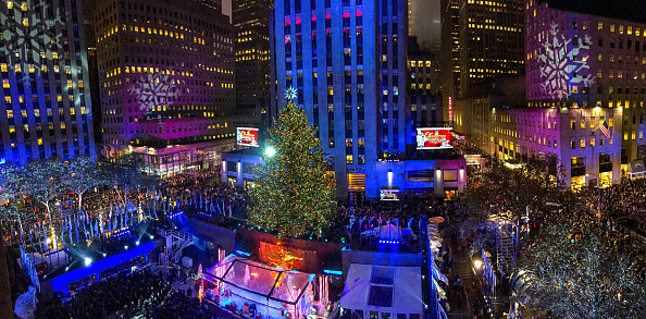 全景「83rd Rockefeller Center Tree Lighting 2015」:写真・画像(3)[壁紙.com]