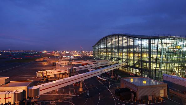 Terminal 5 Heathrow Airport「Heathrow Terminal Five - Official Opening」:写真・画像(3)[壁紙.com]