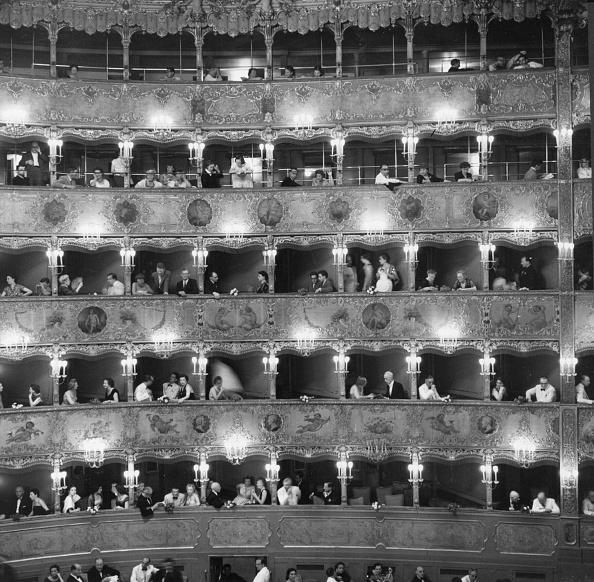 Opera「La Fenice」:写真・画像(11)[壁紙.com]