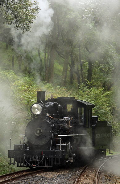 Dan Kitwood「Welsh Steam Train Forced To Use Russian Coal」:写真・画像(6)[壁紙.com]