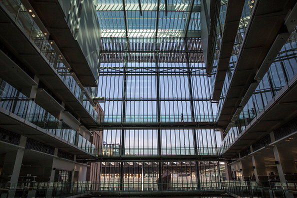 Viewpoint「Scientists Move Into The Newly-built Francis Crick Institute」:写真・画像(12)[壁紙.com]
