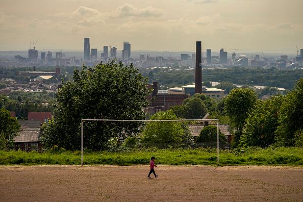 Manchester - England「Oldham Takes Preventative Measures Against Full Coronavirus Lockdown」:写真・画像(16)[壁紙.com]