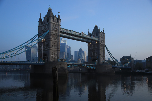 London Bridge - England「UK In Fourth Week Of Coronavirus Lockdown As Death Toll Exceeds 10,000」:写真・画像(4)[壁紙.com]
