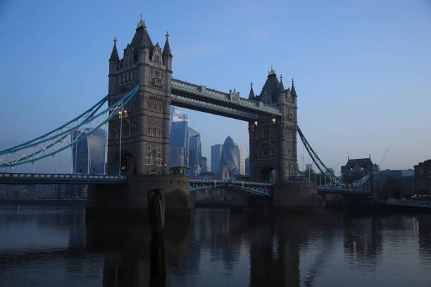 UK In Fourth Week Of Coronavirus Lockdown As Death Toll Exceeds 10,000:ニュース(壁紙.com)