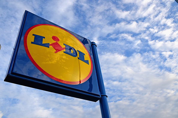General View「Discount Stores Aldi And Lidl Increase Their Popularity」:写真・画像(9)[壁紙.com]