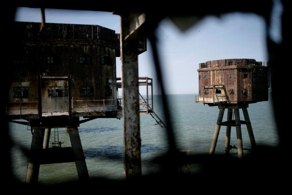 Magnet「Historic Redsands Fort Stand In Thames Estuary」:写真・画像(18)[壁紙.com]