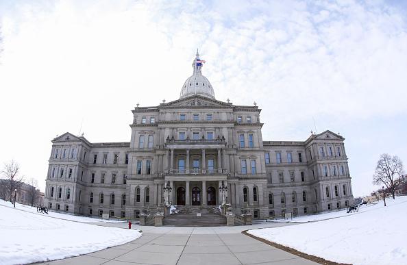 State Capitol Building「Governor Snyder: #NewPipesForFlint」:写真・画像(7)[壁紙.com]