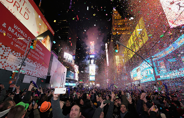 New Year「New Year's Eve 2017 In Times Square」:写真・画像(13)[壁紙.com]