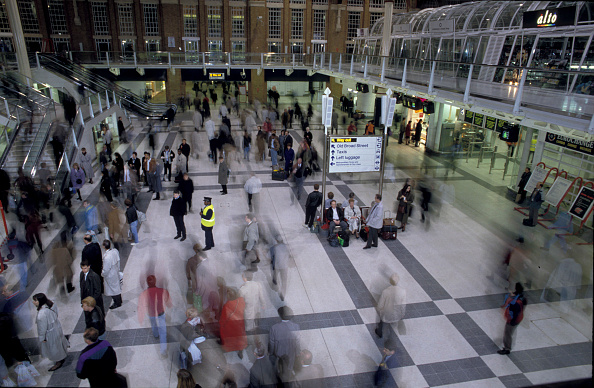Finance and Economy「General view of the concourse of Liverpool Street station」:写真・画像(16)[壁紙.com]