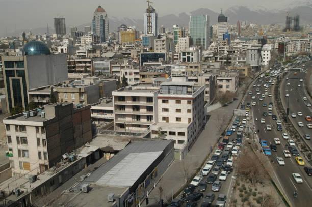 View Over Tehran:ニュース(壁紙.com)