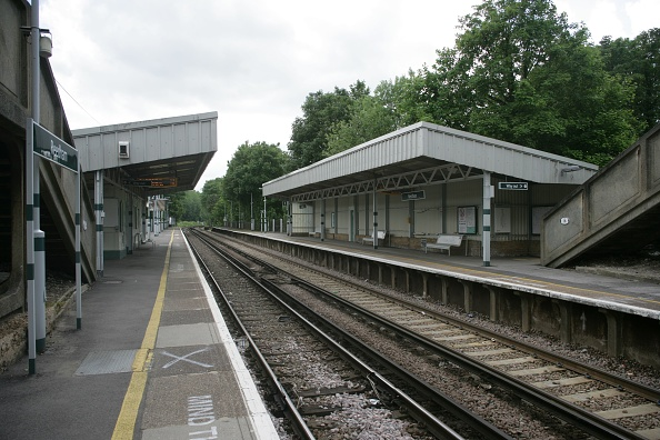 Finance and Economy「General view from the platform at Reedham station」:写真・画像(6)[壁紙.com]
