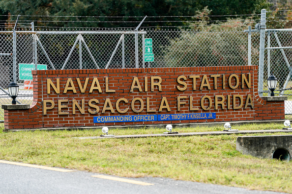 Pensacola「Shooting On Naval Air Station Pensacola Leaves Multiple Dead And Injured」:写真・画像(1)[壁紙.com]