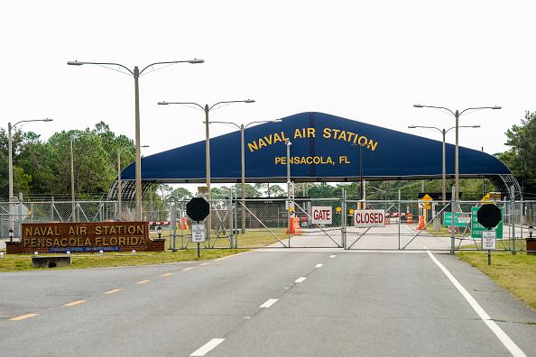 Pensacola「Shooting On Naval Air Station Pensacola Leaves Multiple Dead And Injured」:写真・画像(0)[壁紙.com]