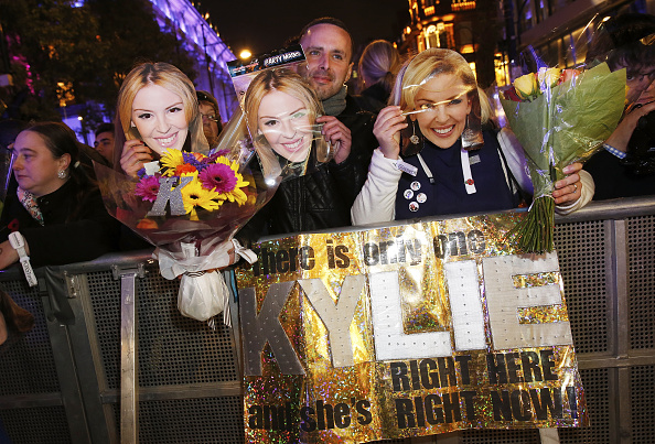 Tristan Fewings「Kylie Minogue Switches On The World Famous Oxford Street Christmas Lights With Pandora」:写真・画像(15)[壁紙.com]