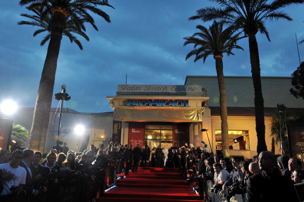 Atmosphere「Cannes 2008: Partouche Charity Poker Festival At Palm Beach Casino - Arrivals」:写真・画像(14)[壁紙.com]