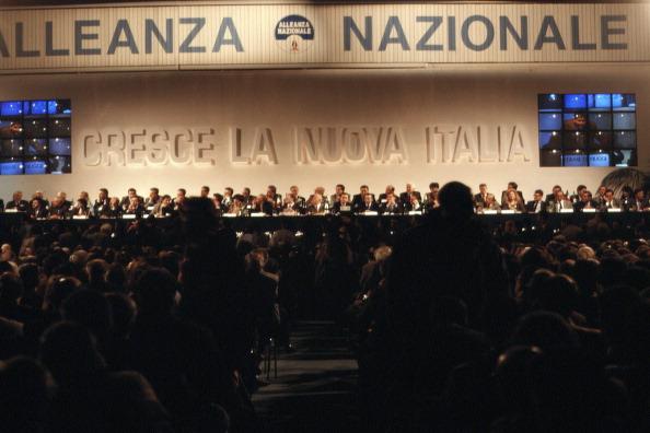 Franco Origlia「Alleanza Nazionale」:写真・画像(16)[壁紙.com]