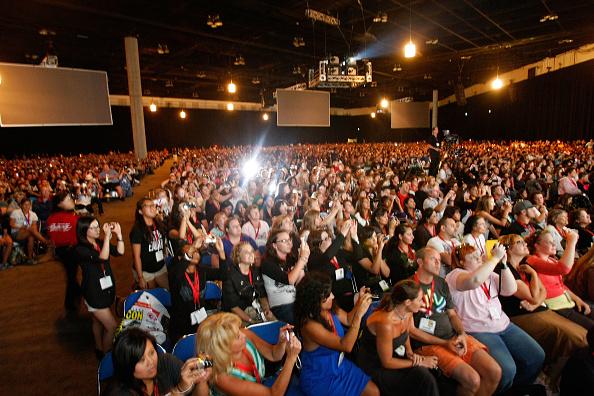 "San Diego Convention Center「Summit Entertainment At Comic-Con - ""The Twilight Saga: New Moon"" Summit Entertainment Panel」:写真・画像(19)[壁紙.com]"