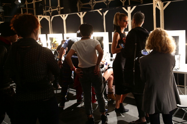 Atmospheric Mood「Hakan Akkaya: Backstage - MBFWI Presented By American Express Fall/Winter 2014」:写真・画像(8)[壁紙.com]