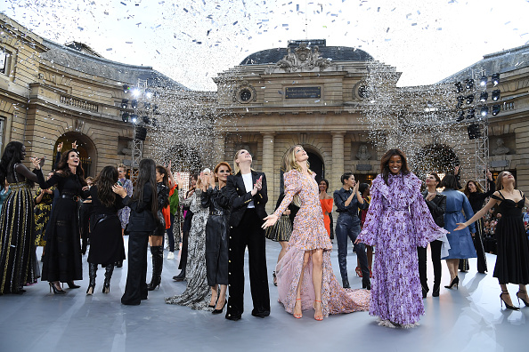 "L'Oreal Paris「""Le Defile L'Oreal Paris"" : Runway - Paris Fashion Week - Womenswear Spring Summer 2020」:写真・画像(4)[壁紙.com]"