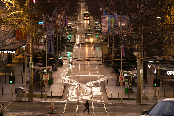 Pedestrian「Melbourne Under Stage 4 Lockdown Restrictions As Victoria Works To Contain Community COVID-19 Transmissions」:写真・画像(16)[壁紙.com]
