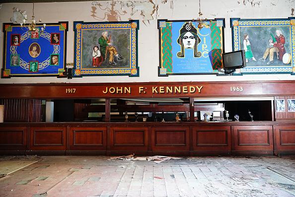 Liverpool F「Restoration Begins On The Wellington Rooms In Liverpool」:写真・画像(8)[壁紙.com]