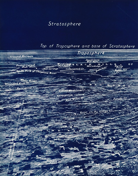 Atmosphere「The Rotundity Of The Earth From The Stratosphere」:写真・画像(12)[壁紙.com]