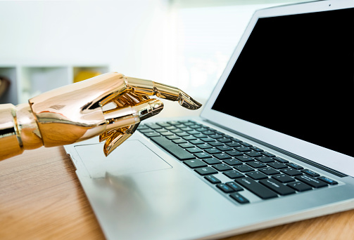 Human Hand「Robot's hand typing on keyboard」:スマホ壁紙(5)