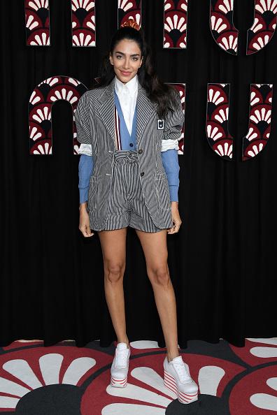 Striped Shorts「Miu Miu : Photocall - Paris Fashion Week Womenswear Fall/Winter 2020/2021」:写真・画像(10)[壁紙.com]