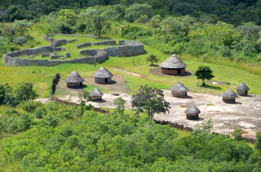 Indigenous Culture「Shona Village at the Great Zimbabwe」:スマホ壁紙(8)