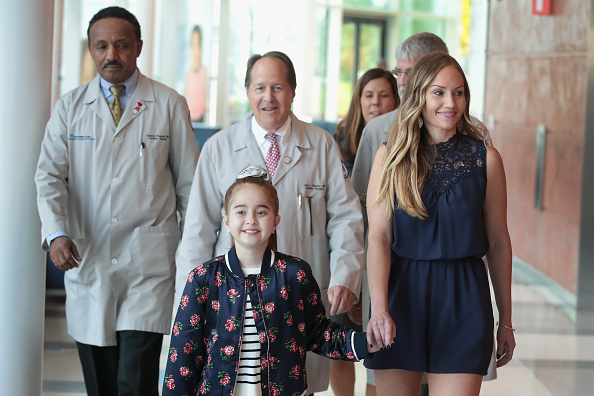 Scott Olson「11-Year-Old Heart Transplant Receipt Sofia Sanchez Speaks To Reporters At Lurie Children's Hospital In Chicago」:写真・画像(12)[壁紙.com]
