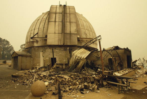 Insurance「The 74 inch telescope at Mt Stromlo Observatory built in 1922 lays gutted by the fires」:写真・画像(17)[壁紙.com]