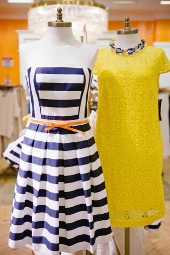 Cocktail Dress「Beautiful Dresses Displayed  at the Store」:スマホ壁紙(15)