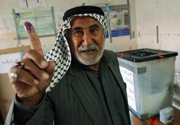 Sadr City「Iraqis Go To The Polls For Parliamentary Elections」:写真・画像(16)[壁紙.com]