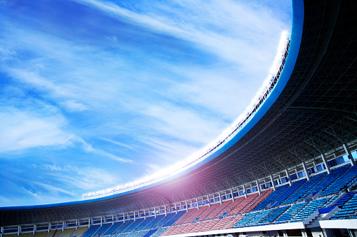 Day「Floodlights at an empty stadium in China」:スマホ壁紙(2)