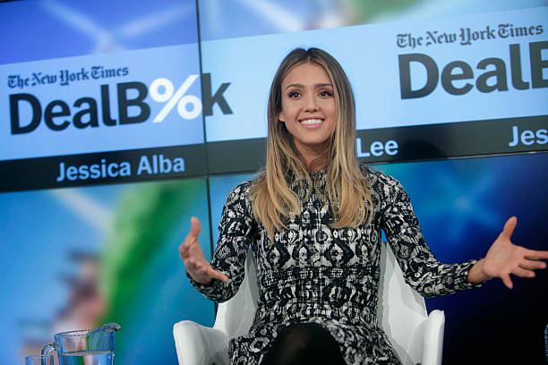The New York Times 2014 DealBook Conference:ニュース(壁紙.com)
